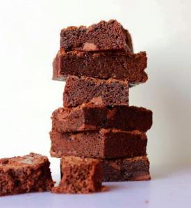 Brownie sem lactose e sem glúten.